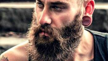 5 Secrets to Grow a Really Sexy Beard - The Holy Black Trading Co